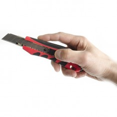 Snap-off blade knife 18 mm with metal guide, anti-slip body, snapper INTERTOOL HT-0506: фото 8